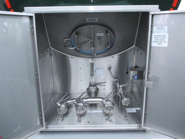 44T Milk Trailer Rear Cabinet